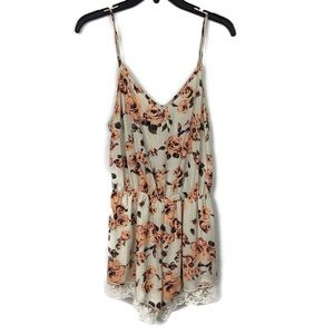 Audrey 3+1 Floral Romper with Lace Detail Pink